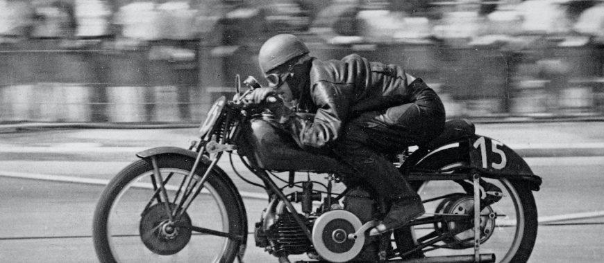 Omobono Tenni e Stanley Woods, i primi eroi di Moto Guzzi