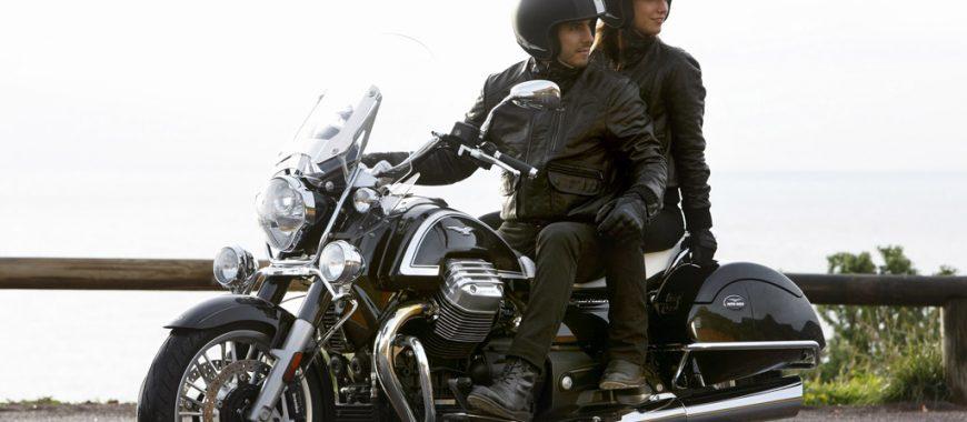 Il passeggero sulla moto: consigli per viaggiare comodi e in sicurezza