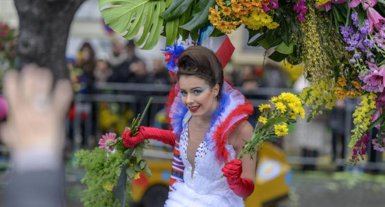 La battaglia dei fiori di Nizza ed il Carnevale