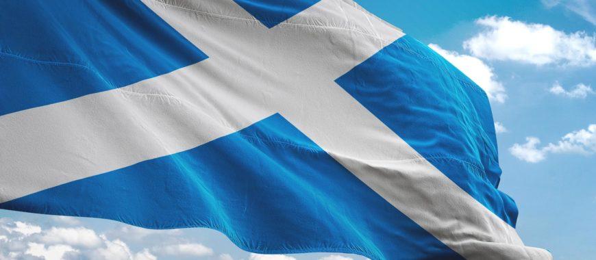 Scozia forever: in V85 TT sulle strade di Ewan McGregor
